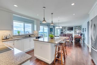 """Photo 7: 588 CLEARWATER Way in Coquitlam: Coquitlam East House for sale in """"RIVER HEIGHTS"""" : MLS®# R2392134"""