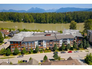 "Main Photo: 303 23215 BILLY BROWN Road in Langley: Fort Langley Condo for sale in ""Waterfront at Bedford Landing"" : MLS®# R2393765"