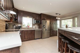 """Photo 7: 6059 187 Street in Surrey: Cloverdale BC House for sale in """"Eaglecrest"""" (Cloverdale)  : MLS®# R2399815"""