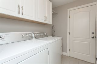 """Photo 14: 6059 187 Street in Surrey: Cloverdale BC House for sale in """"Eaglecrest"""" (Cloverdale)  : MLS®# R2399815"""