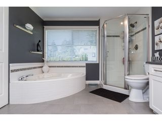 "Photo 13: 15564 VISTA Drive: White Rock House for sale in ""Vista Hills"" (South Surrey White Rock)  : MLS®# R2407067"