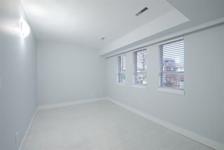 Photo 3: 2236 E 34TH Avenue in Vancouver: Victoria VE House for sale (Vancouver East)  : MLS®# R2425951