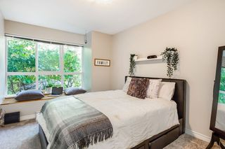 "Photo 10: 1 1075 LYNN VALLEY Road in North Vancouver: Lynn Valley Townhouse for sale in ""RIVER ROCK 2"" : MLS®# R2427663"