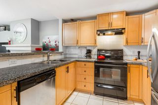 """Photo 6: 1 1075 LYNN VALLEY Road in North Vancouver: Lynn Valley Townhouse for sale in """"RIVER ROCK 2"""" : MLS®# R2427663"""