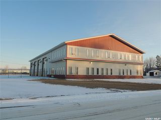 Photo 1: 901 Edward Street in Estevan: Hillside Commercial for sale : MLS®# SK798238