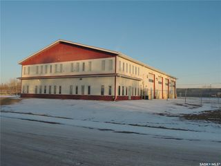 Photo 2: 901 Edward Street in Estevan: Hillside Commercial for sale : MLS®# SK798238