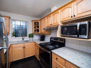 Photo 6: 2209 BALSAM Street in Vancouver: Kitsilano Townhouse for sale (Vancouver West)  : MLS®# R2441675