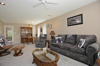 Photo 3: 1506 CANTERBURY Drive: Agassiz House for sale : MLS®# R2443128
