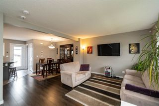 Photo 2:  in Edmonton: Zone 03 House for sale : MLS®# E4197580