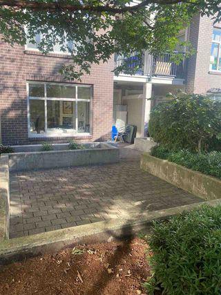 "Photo 1: 107 13555 GATEWAY Drive in Surrey: Whalley Condo for sale in ""Evo"" (North Surrey)  : MLS®# R2487342"