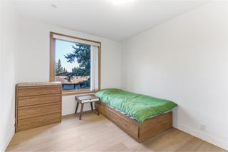 Photo 32: 2037 WESTVIEW DRIVE in North Vancouver: Mosquito Creek House for sale : MLS®# R2488409