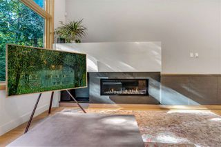 Photo 8: 2037 WESTVIEW DRIVE in North Vancouver: Mosquito Creek House for sale : MLS®# R2488409