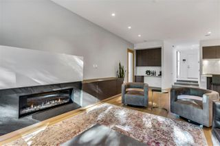 Photo 2: 2037 WESTVIEW DRIVE in North Vancouver: Mosquito Creek House for sale : MLS®# R2488409