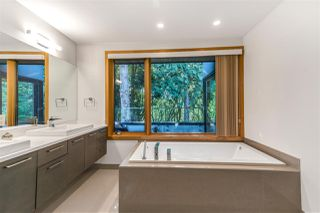 Photo 30: 2037 WESTVIEW DRIVE in North Vancouver: Mosquito Creek House for sale : MLS®# R2488409