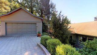 "Photo 3: 40262 SKYLINE Drive in Squamish: Garibaldi Highlands House for sale in ""Garibaldi Estates"" : MLS®# R2494054"