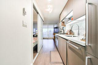 """Photo 6: 811 13696 100 Avenue in Surrey: Whalley Condo for sale in """"PARK AVENUE"""" (North Surrey)  : MLS®# R2506974"""