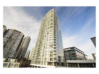 """Photo 1: 2901 928 BEATTY Street in Vancouver: Yaletown Condo for sale in """"Max 1"""" (Vancouver West)  : MLS®# V928484"""