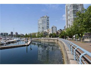 Photo 13: # 901 1099 MARINASIDE CR in Vancouver: Yaletown Condo for sale (Vancouver West)  : MLS®# V1013726