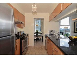 Photo 5: # 901 1099 MARINASIDE CR in Vancouver: Yaletown Condo for sale (Vancouver West)  : MLS®# V1013726