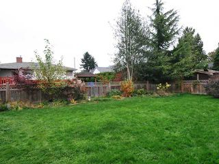 Photo 11: 20409 WALNUT CR in Maple Ridge: Southwest Maple Ridge House for sale : MLS®# V1033651