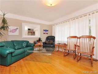 Photo 4: 468 Foster St in VICTORIA: Es Saxe Point House for sale (Esquimalt)  : MLS®# 655186