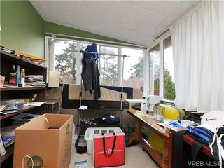 Photo 10: 468 Foster St in VICTORIA: Es Saxe Point House for sale (Esquimalt)  : MLS®# 655186