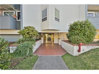 Photo 17: 202 16 LAKEWOOD Drive in Vancouver: Hastings Condo for sale (Vancouver East)  : MLS®# V1045418
