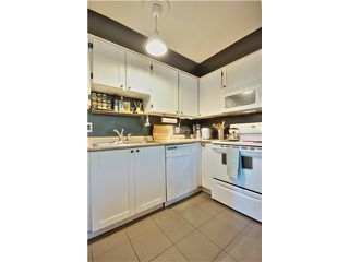 Photo 6: 202 16 LAKEWOOD Drive in Vancouver: Hastings Condo for sale (Vancouver East)  : MLS®# V1045418