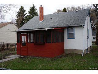 Photo 3: 1132 Edderton Avenue in WINNIPEG: Manitoba Other Residential for sale : MLS®# 1411099
