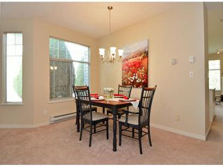 "Photo 6: 17 5708 208TH Street in Langley: Langley City Townhouse for sale in ""Bridle Run"" : MLS®# F1424617"