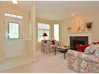 "Photo 3: 17 5708 208TH Street in Langley: Langley City Townhouse for sale in ""Bridle Run"" : MLS®# F1424617"