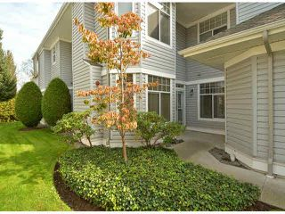 "Photo 2: 17 5708 208TH Street in Langley: Langley City Townhouse for sale in ""Bridle Run"" : MLS®# F1424617"