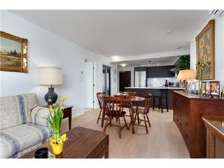 Photo 3: 817 7988 ACKROYD Road in Richmond: Brighouse Condo for sale : MLS®# V1108725