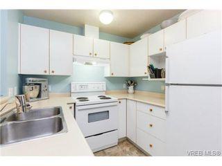 Photo 8: 204 971 McKenzie Ave in VICTORIA: SE Quadra Condo for sale (Saanich East)  : MLS®# 707820