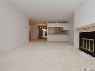 Photo 3: 208 406 Simcoe St in VICTORIA: Vi James Bay Condo Apartment for sale (Victoria)  : MLS®# 711962