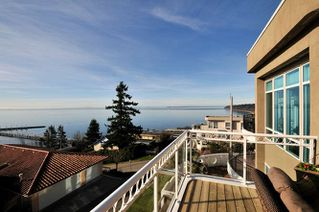 Photo 6: 15118 ROYAL Avenue: White Rock House for sale (South Surrey White Rock)  : MLS®# R2033445