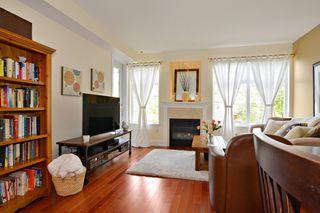 """Photo 4: 212 15392 16A Avenue in Surrey: King George Corridor Condo for sale in """"Ocean Bay Villas"""" (South Surrey White Rock)  : MLS®# R2061489"""
