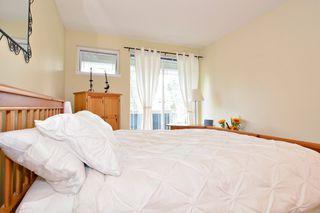 """Photo 12: 212 15392 16A Avenue in Surrey: King George Corridor Condo for sale in """"Ocean Bay Villas"""" (South Surrey White Rock)  : MLS®# R2061489"""