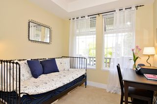 "Photo 10: 212 15392 16A Avenue in Surrey: King George Corridor Condo for sale in ""Ocean Bay Villas"" (South Surrey White Rock)  : MLS®# R2061489"