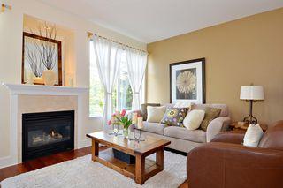 """Photo 5: 212 15392 16A Avenue in Surrey: King George Corridor Condo for sale in """"Ocean Bay Villas"""" (South Surrey White Rock)  : MLS®# R2061489"""