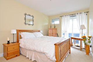 """Photo 11: 212 15392 16A Avenue in Surrey: King George Corridor Condo for sale in """"Ocean Bay Villas"""" (South Surrey White Rock)  : MLS®# R2061489"""