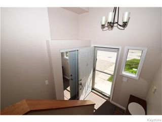 Photo 3: 16 Glencairn Road in Winnipeg: West Kildonan / Garden City Residential for sale (North West Winnipeg)  : MLS®# 1611616
