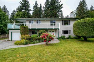 Photo 1: 40405 PERTH Drive in Squamish: Garibaldi Highlands House for sale : MLS®# R2069578