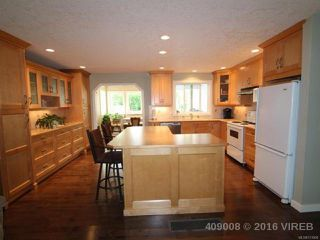 Photo 5: 1470 Dogwood Ave in COMOX: CV Comox (Town of) House for sale (Comox Valley)  : MLS®# 731808