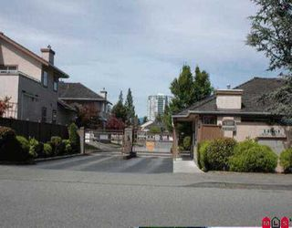 """Photo 1: 117 14861 98TH AV in Surrey: Guildford Townhouse for sale in """"THE MANSIONS"""" (North Surrey)  : MLS®# F2516948"""