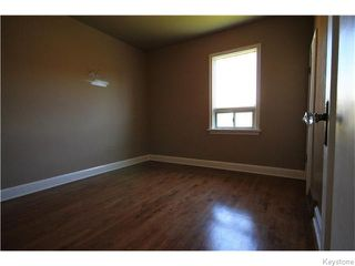 Photo 10: 633 Church Avenue in Winnipeg: North End Residential for sale (North West Winnipeg)  : MLS®# 1617324