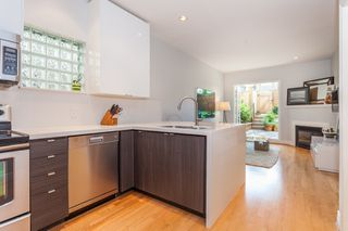Photo 4: 103 962 W 16TH Avenue in Vancouver: Cambie Condo for sale (Vancouver West)  : MLS®# R2095692