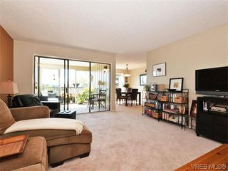 Photo 10: 206 1875 Lansdowne Road in VICTORIA: SE Camosun Condo Apartment for sale (Saanich East)  : MLS®# 370145