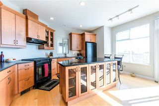 "Photo 3: 112 2979 PANORAMA Drive in Coquitlam: Westwood Plateau Townhouse for sale in ""DEERCREST"" : MLS®# R2109374"