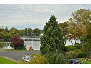 Photo 20: 301 1148 Goodwin St in VICTORIA: OB South Oak Bay Condo Apartment for sale (Oak Bay)  : MLS®# 743461